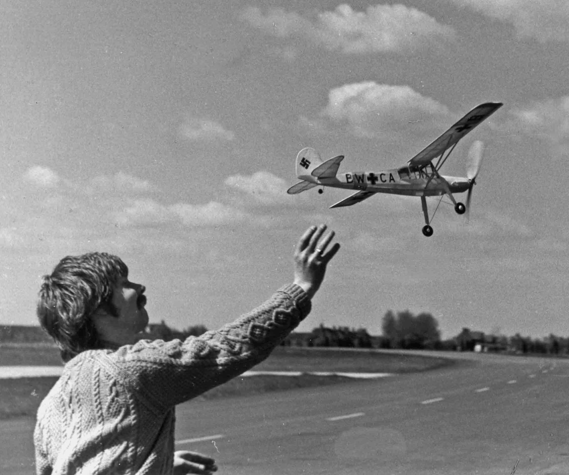 Charlie Newman launches his Fiesler Storch in his first competition in 1978  at RAF Odiham